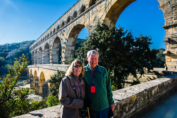 Rebecca and Sunny with the Roman aqueduct in Pont du Gard, France.
